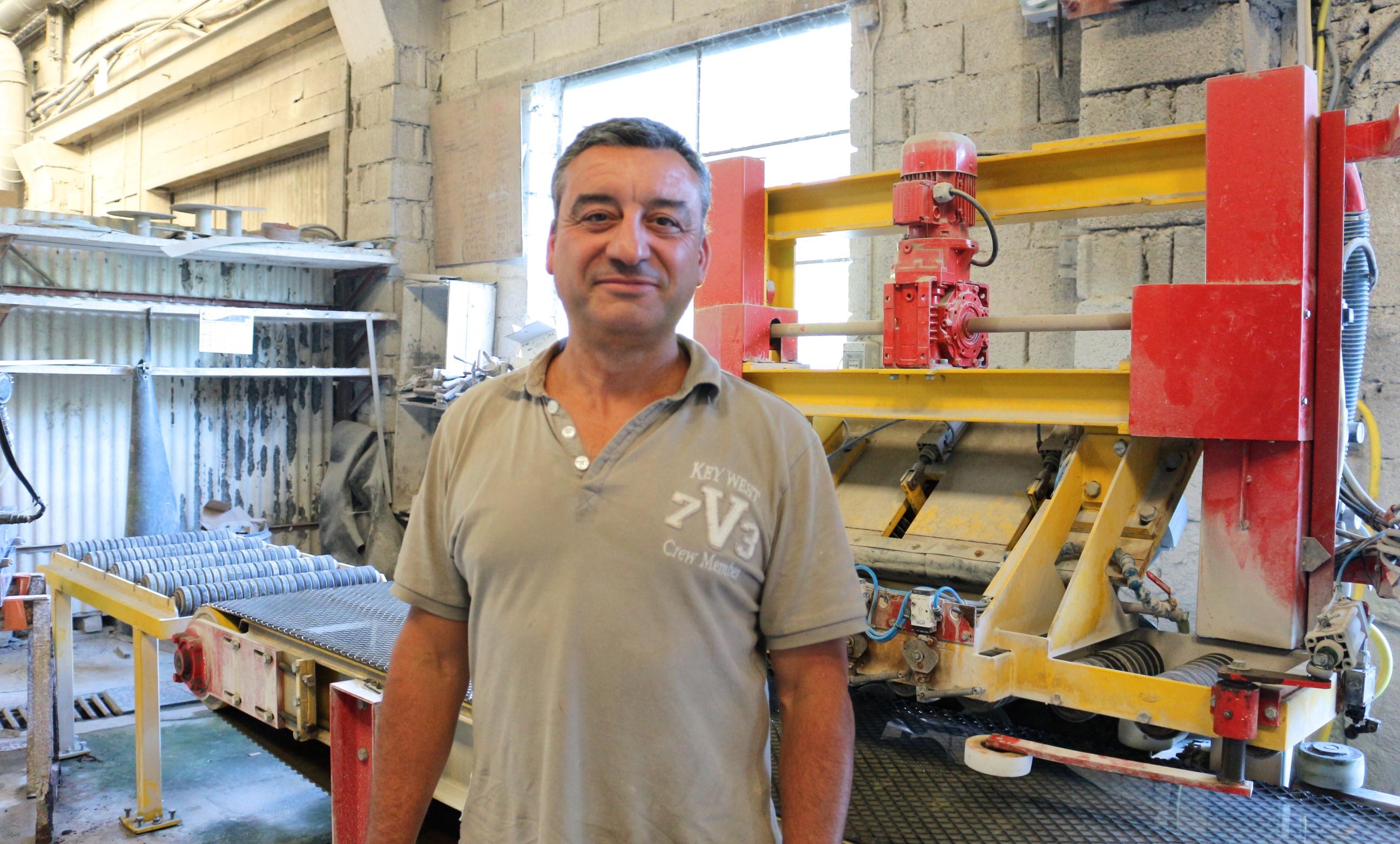 Philippe SENEGAS propriétaire de la carrière qui accueille le pilote Intraterra et dirigeant d'un atelier de transformation de granit.