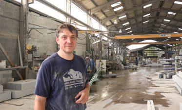 Laurent Senegas, Propriétaire de la carrière où sera expérimenté la nouvelle façon exploiter le granit